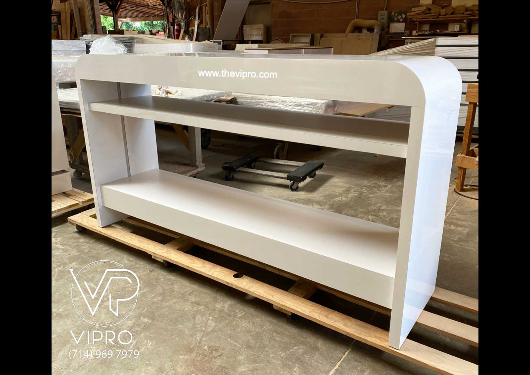 All Glossy White Dryer Table