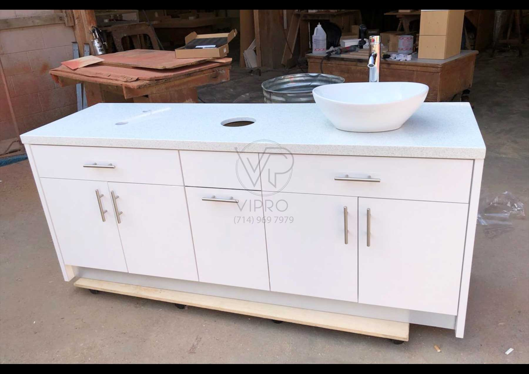 Double Sink Cabinet With Trashcan